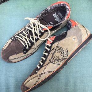 Levi's Suede canvas Sneaker Shoes Size 10.5